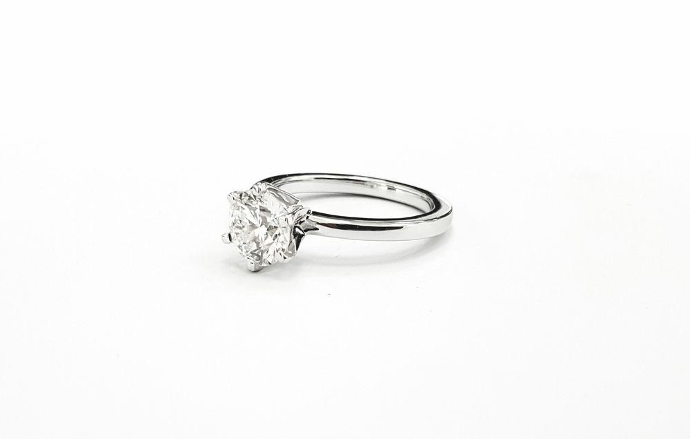 0.8ct GIA Certified bespoke diamond engagement ring