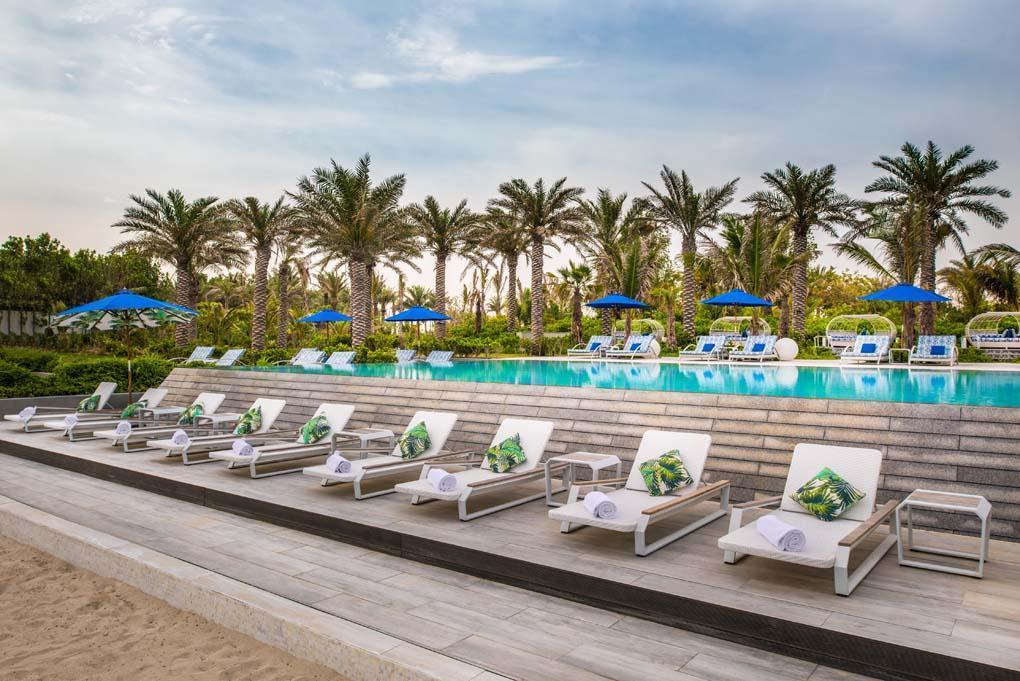Zara Nurai Island Abu Dhabi - Sun loungers