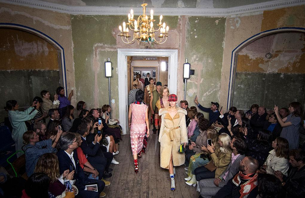 Models walk the Burberry September 2017 show