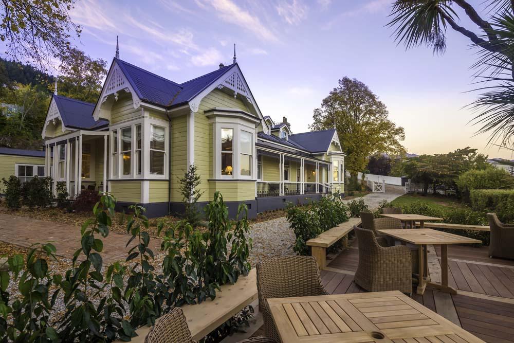 Enjoy Queenstown in style New Zealand
