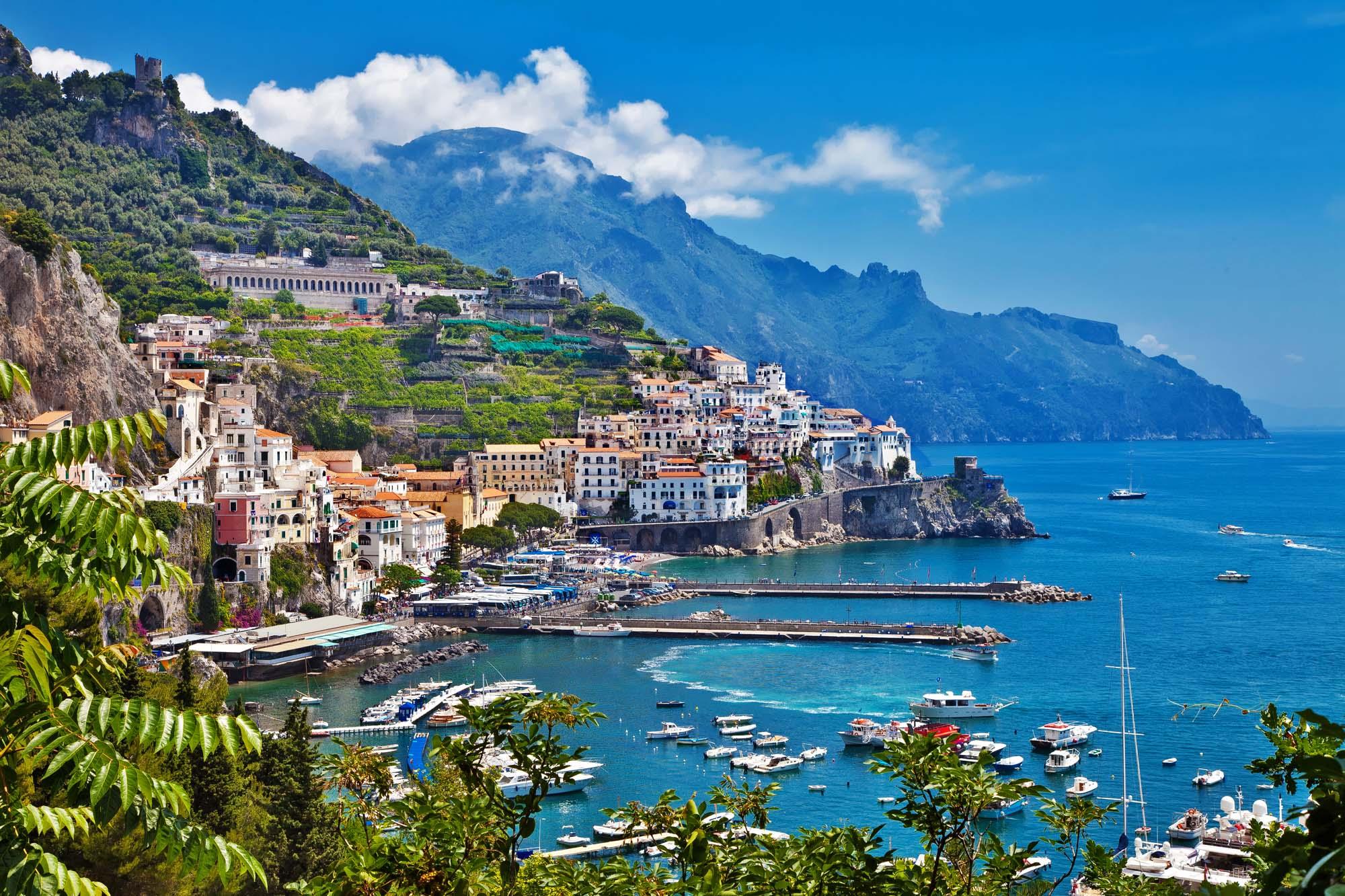 Amalfi coast italy Eid Summer destination ideas