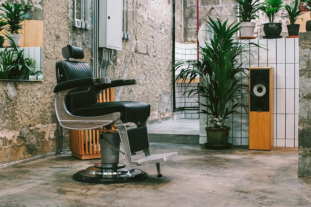 barber shops open near me