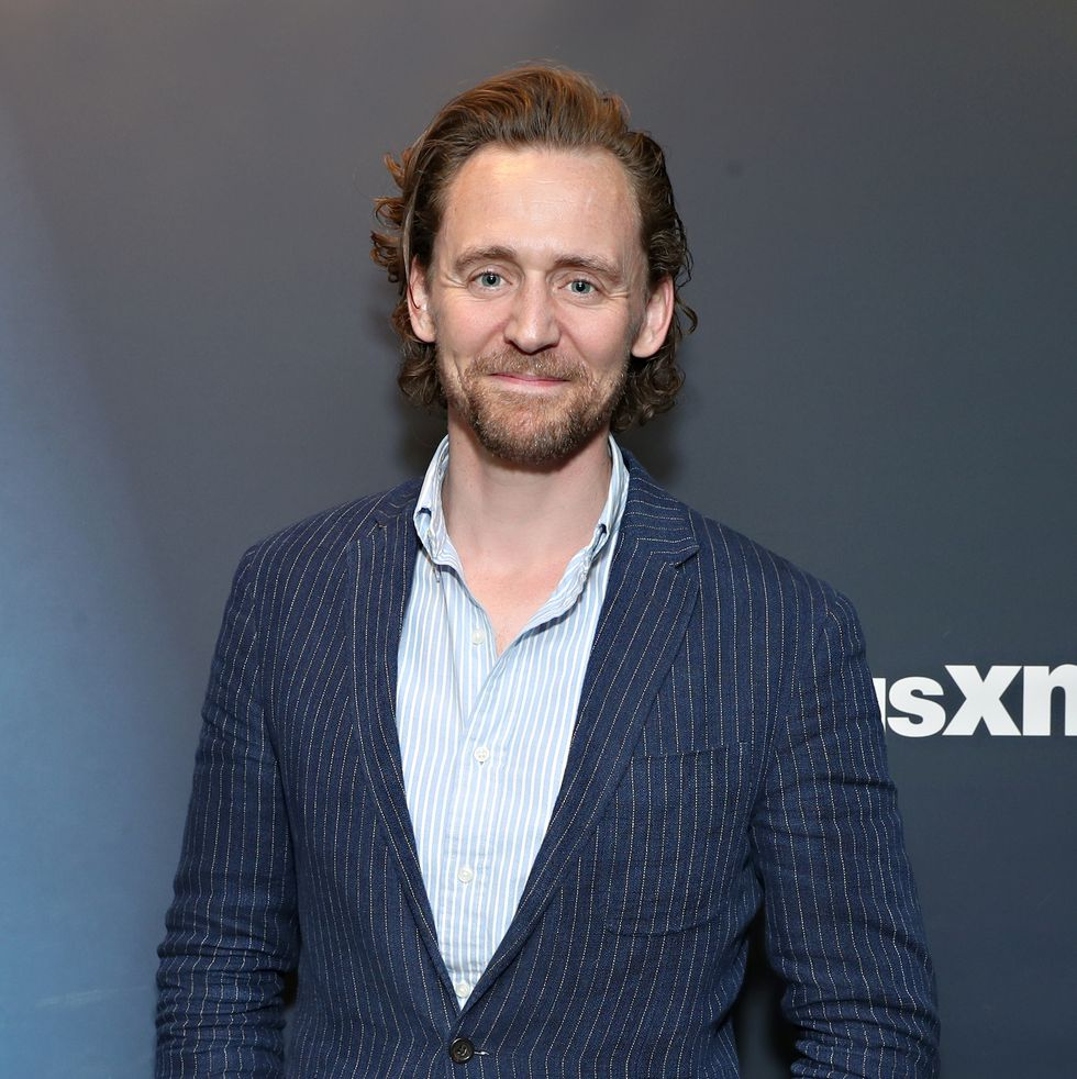 Tom Hiddleston HD Wallpapers Free Download in High Quality