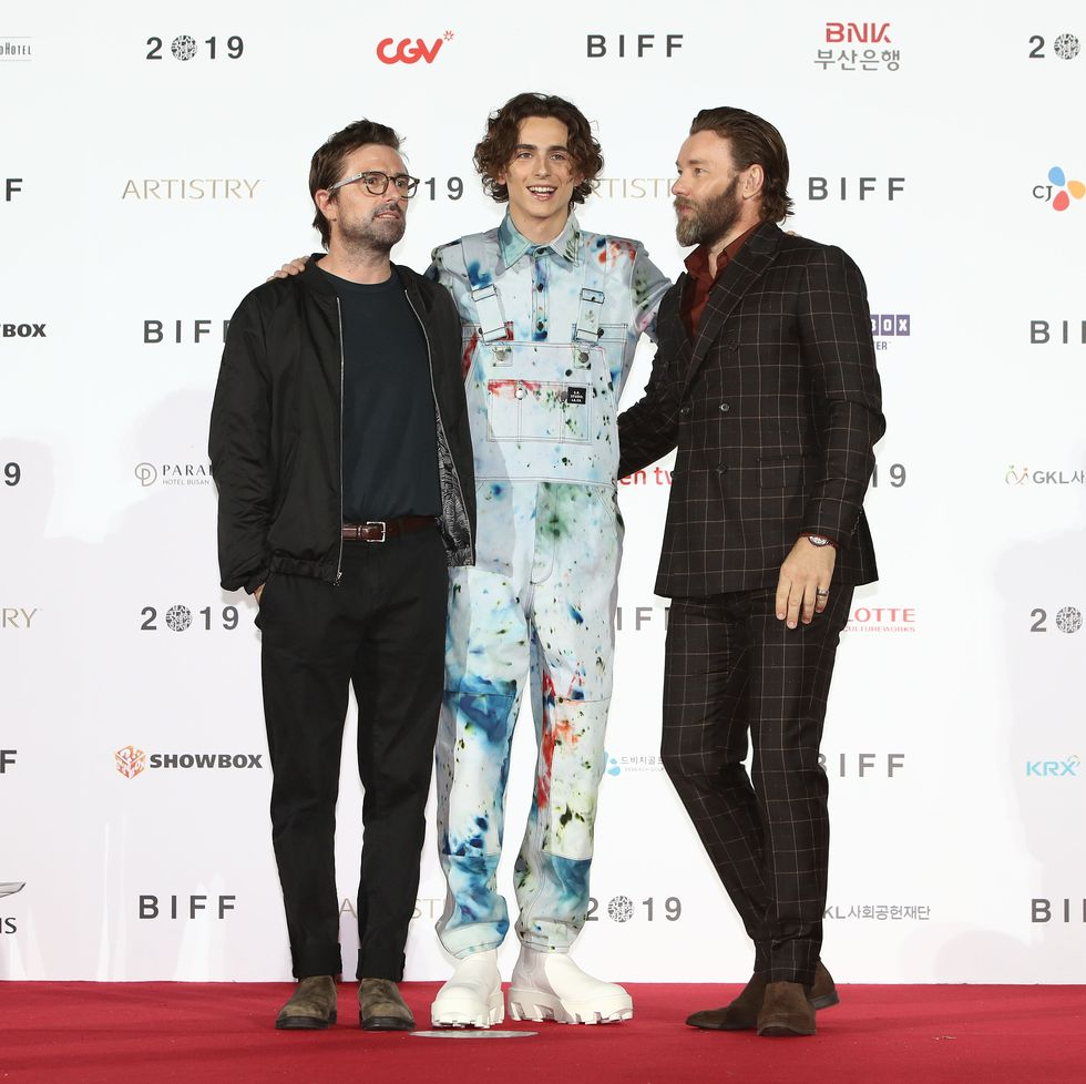 A Closer Look At Timothee Chalamet S Painter Builder Style Esquire Middle East