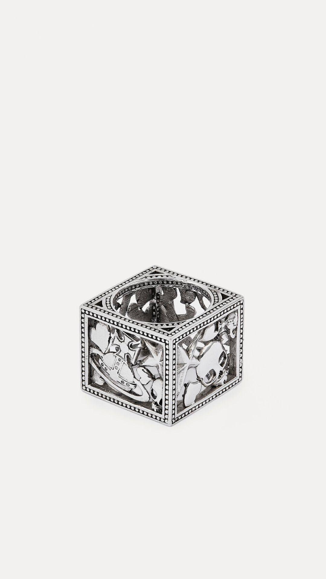 menswear, fashion, style, accessories, rings, esquire, 2020