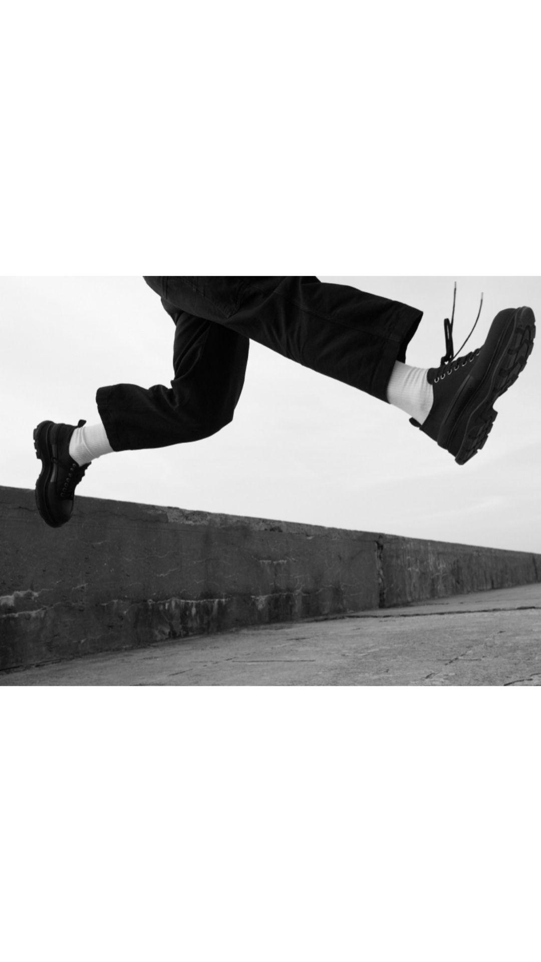 Alexander McQueen Treas Slick Sneaker Shoe
