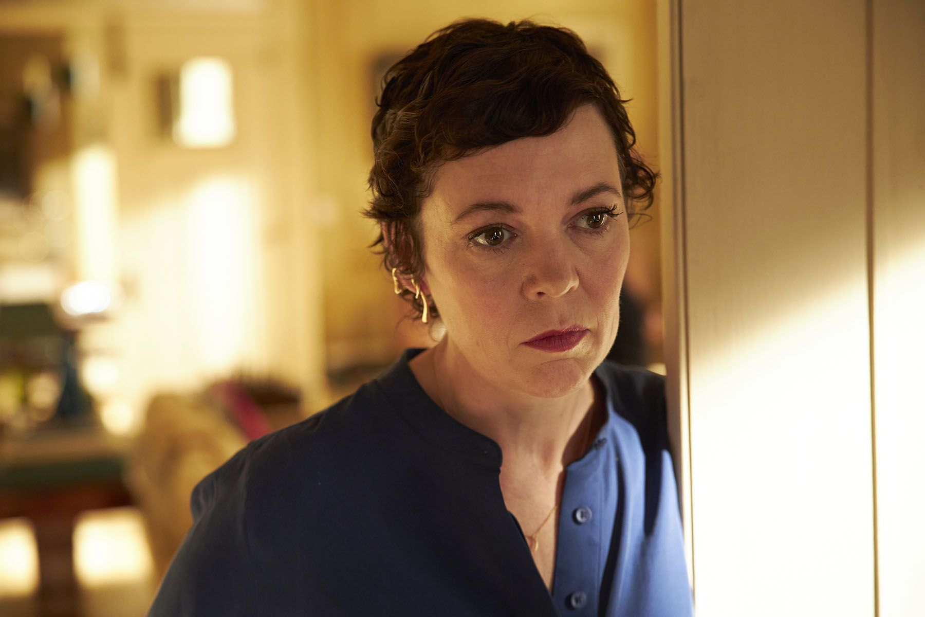 Olivia Colman knows what she's doing, even when she doesn't - Esquire Middle East