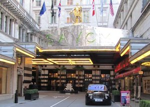 LONDON: A HOTEL GUIDE