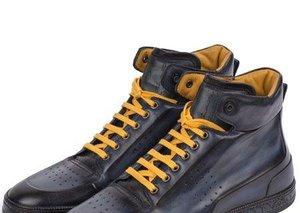 A new footwear hybrid