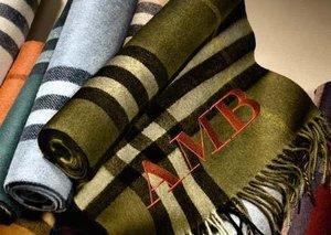 Burberry scarf bar