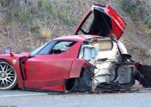 Ferrari Enzo destroyed...