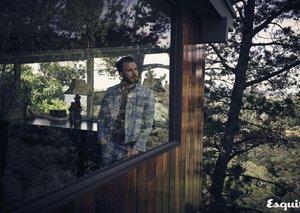 VIDEO: Chris Evans cover shoot