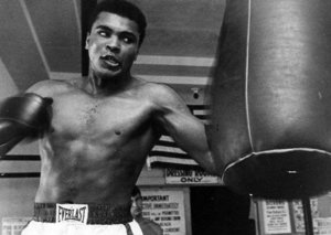 Watch Billy Crystal's brilliant tribute to Muhammad Ali