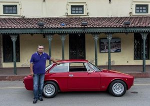 The car collectors of Pakistan