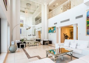 This is what 9.5 million Dirhams buys you on Dubai's Palm Jumeirah