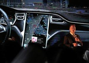 Dubai adds electric Tesla taxi cars to its fleet