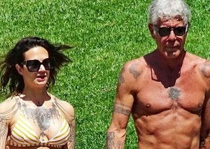 How the heck does Anthony Bourdain have abs this chiselled