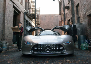Check out Batman's new Mercedes-Benz (well, it's Bruce Wayne's)