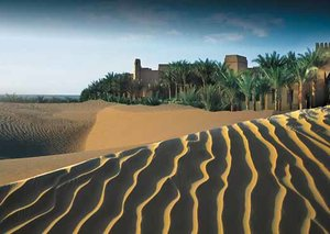 Bab al Shams Resort: escape to the dunes