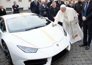 Pope Francis is auctioning off his custom Lamborghini