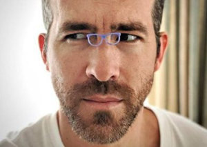 Ryan Reynolds gets in on the tiny sunglasses trend in best way possible