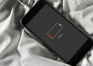Charge your smartphone in minutes thanks to new material