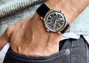 Timex + Todd Snyder's new vintage-looking watch lands today