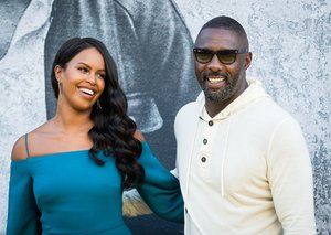 Idris Elba proves why Wayfarer sunglasses are still #1