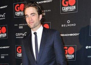 Robert Pattinson proves the skinny tie ain't dead