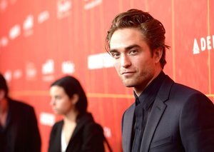 Robert Pattinson wants to punch this director in the face