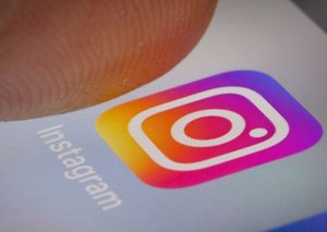Stop spending all your time on Instagram, says Instagram
