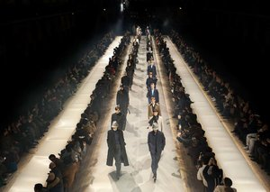 Best looks from Dunhill's autumn winter 2019 show