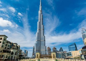 UAE suspends entry to residents and visa holders for 2 weeks