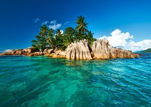 Seychelles is the new favourite go-to wedding destination for brides and grooms