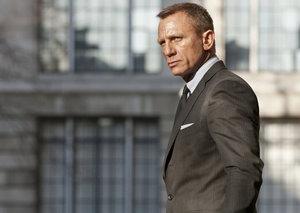 Daniel Craig stops filming Bond 25 due to injury