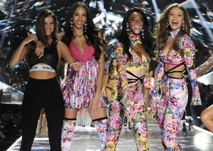 "Victoria Secret to ""re-think"" its fashion show"