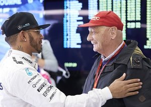 Lewis Hamilton dedicates Monaco GP pole to Niki Lauda