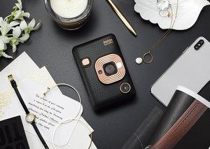 Fujifilm polaroid style camera adds sound to your pics