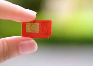 A free SIM for every tourist in Dubai? Yes please