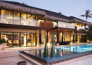 The internet thinks Dubai royal Sheikh Hamdan is on his honeymoon in the Maldives