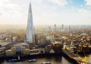 Teenager climbs up the Shard in London with no safety harness