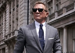 These are the sunglasses James Bond wears in Bond 25