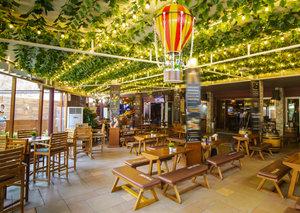 Men get free drinks at Dubai's ubk bar