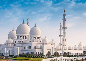 This is why Sheikh Zayed Grand Mosque was named the best landmark in the world