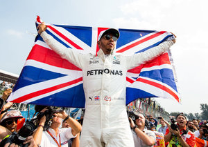 Lewis Hamilton is producing a documentary about food