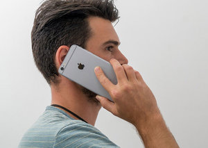 Apple & Samsung face lawsuit for phones exceeding safe radio-frequency emissions