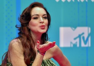 Lindsay Lohan teases first new song in 11 years