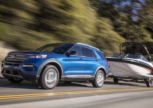 Ford's 2020 Explorer Hybrid dials up fuel efficiency