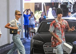 Justin Bieber is not ready to say goodbye to sleazy summer style