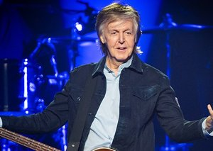 Paul McCartney goes from rock-star to children's book author